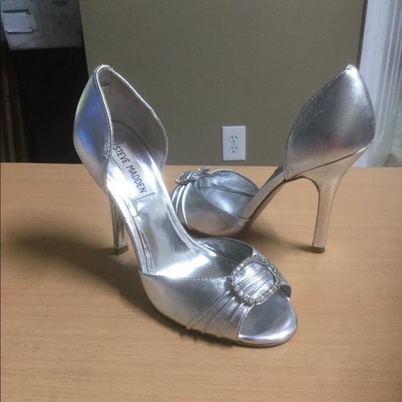 6669168fb8e Steve madden ware silver dress pumps 6.5